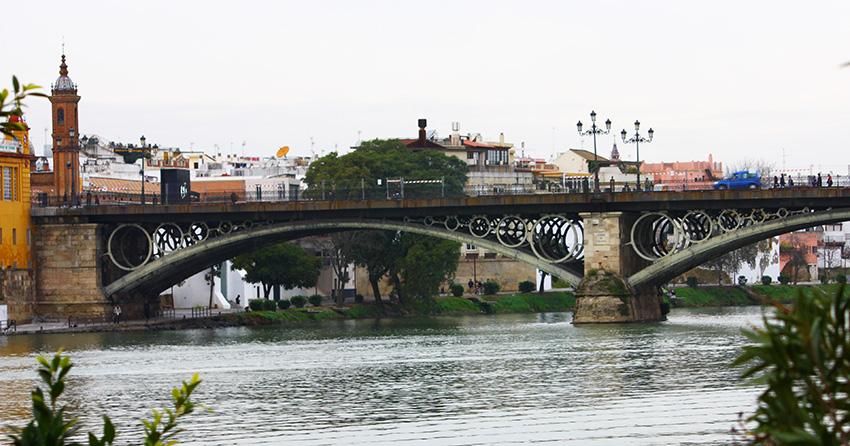 Río Guadalquivir y Puente de Triana
