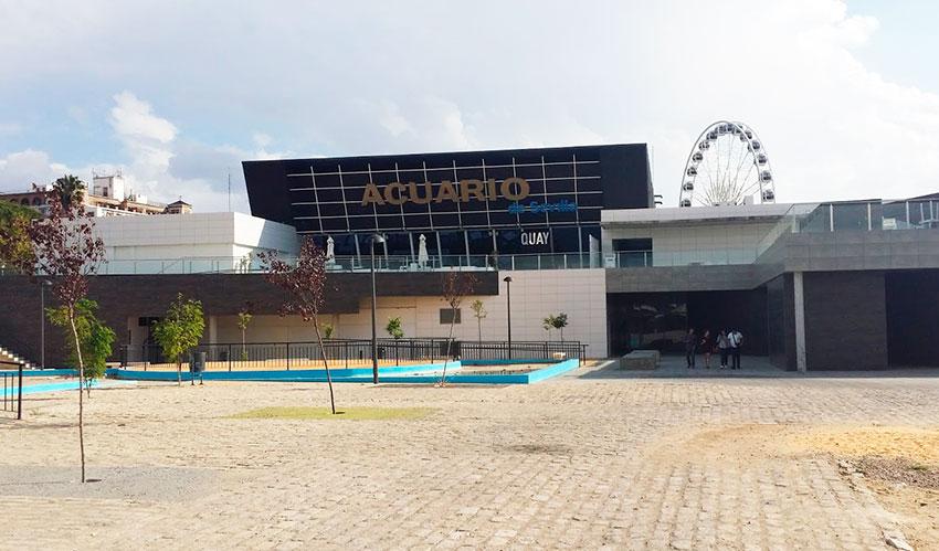 Entrada al acuario de Sevilla