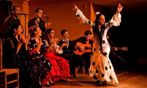 Bares con oferta cultural en Sevilla